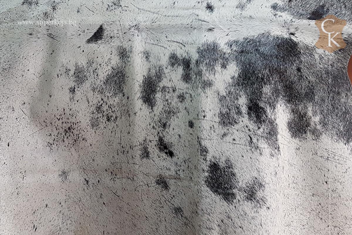Телешка кожа с косъм за килим черно сиво - 2