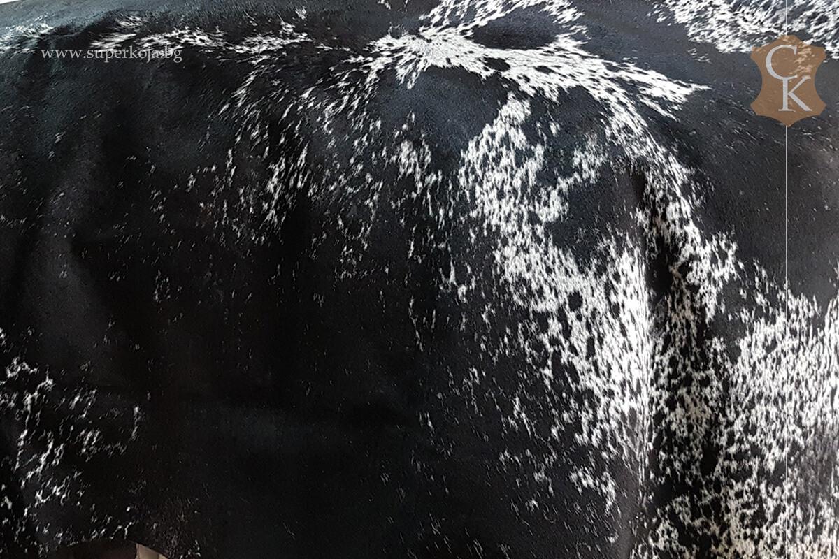 Телешка кожа с косъм за килим черно сиво бяло - 2